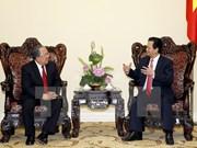 Premier vietnamita recibe a gobernador de Banco central de Myanmar