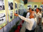 Exhibición resalta simbolismo de 70 años fecundos en Vietnam