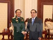 Alaba premier laosiano efectiva cooperación militar con Vietnam