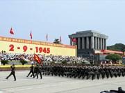 Monumental desfile en Plaza Ba Dinh en ocasión del Día Nacional