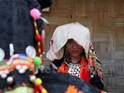 Peculiares costumbres en la boda de la etnia Si La