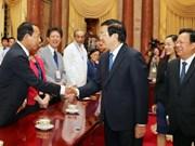 Presidente recibe delegados a la conferencia de solidaridad con Cuba