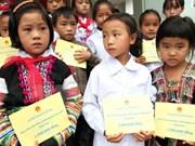 Vietnam empeñado en reducir tasa de pobreza en minorías éticas