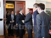 Intensifican Vietnam y Rusia nexos partidistas