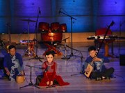 Melodías folclóricas vietnamitas propician impacto auditivo en París