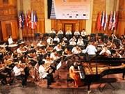 Vietnam brilla en competición internacional de Piano Hanoi
