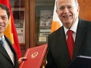 Vietnam y Chipre fomentan cooperación comercial e inversionista