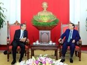 Dirigente partidista recibe a embajador japonés
