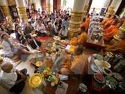 Celebran fiesta Khmer de Sene Dolta