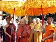 Autoridades de An Giang felicitan a khmeres por fiesta Sene Dolta
