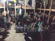 Diplomáticos vietnamitas visitan a trabajadores connacionales en Argel