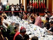 Firman gobierno birmano y ocho guerrillas pacto de cese de fuego