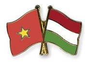 Vietnam y Hungría se disponen a promover lazos de comercio