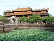 Exhiben por primera vez trajes de damas de dinastía Nguyen