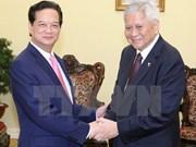 Primer ministro de Vietnam recibe al canciller filipino
