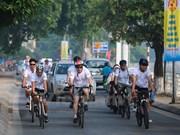 En Hanoi ciclismo contra comercio de cuerno de rinoceronte