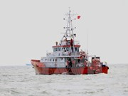 Trasladan a tierra firme dos restos de víctimas de barco accidentado