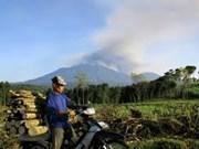 Indonesia cierra aeropuerto en Bali debido a erupción volcánica