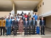 Forjan cooperación entre partidos gobernantes de Vietnam y Mozambique