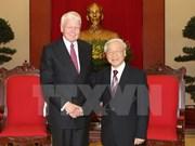 Dirigentes vietnamitas dan bienvenida a presidente islandés