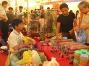 Sellan Vietnam y China contratos de 325 millones de dólares en feria comercial