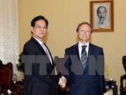 Premier vietnamita recibe a nuevo embajador de UE