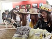 Artesanía: canal para acercar público de Tuyen Quang a cultura venezolana