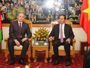 Vietnam y Belarús forjan vínculos de defensa