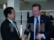 Premier vietnamita sostiene conversaciones con líderes mundiales en París