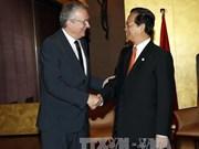 Premier vietnamita continúa actividades en marco de COP21