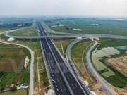 Abre al tránsito autopista más moderna Hanoi-Hai Phong