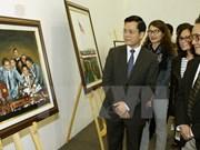 """Inauguran exhibición """"Vietnam en mis ojos"""" de artista estadounidense"""