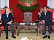 Altos funcionarios reciben a delegación de Partido Nuevo Azerbaiyán