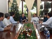 Dirigente vietnamita felicita a comunidad religiosa por Navidad
