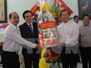 Frente de Patria felicita a comunidad religiosa en Binh Duong