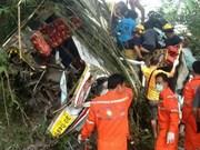 Al menos 12 muertos en accidente de autobús en Tailandia