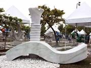 Clausuran campamento de creatividad de escultura