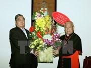 Saluda dirigente partidista a comunidad católica por fiesta navideña