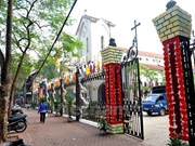 Iglesias en Hanoi listas para Navidad