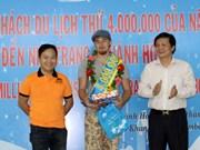 Recibe Khanh Hoa a turista número cuatro millones