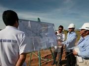 Instan a Vietnam a adquirir experiencias de Francia en desarrollo de energía nuclear
