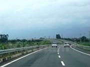 Abren al tránsito tramo de carretera que conectan Vietnam y Laos