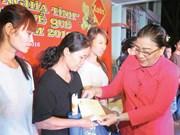 Ciudad Ho Chi Minh asiste a trabajadores en ocasión del Tet