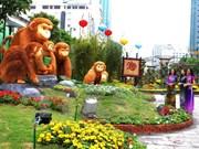 Calle de flores en Ciudad Ho Chi Minh da bienvenida al Año Nuevo Lunar