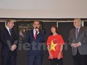 Vietnamitas en la India y Francia celebran el Tet