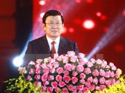 Presidente de Vietnam se reúne con exprisioneros de guerra