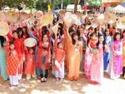 Festival Ao Dai de Ciudad Ho Chi Minh acapara gran atención de visitantes