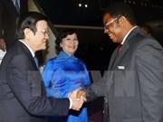 Presidente vietnamita llega a Tanzania