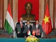 Vietnam y Hungría firman acuerdo sobre Asistencia jurídica mutua en asuntos penales