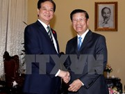 Premier vietnamita destaca gran potencial de cooperación con Laos